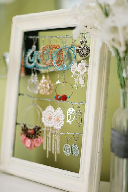 2-earring-display