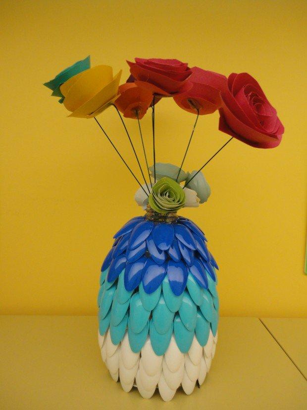 15 Creative Plastic Spoon Craft Ideas