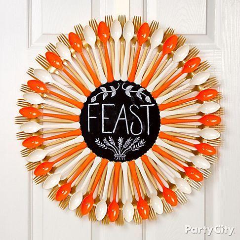 Plastic Spoon: Chalkboard Wreath for Thanksgiving