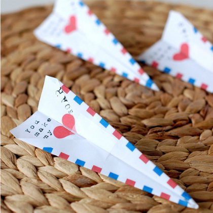 paper-airplane-valentines