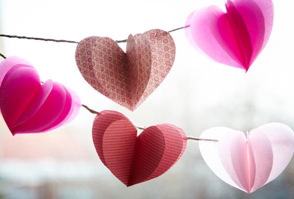 3d-heart-garland-1-size-3