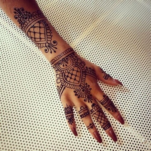 exceptional-arabic-mehndi-designs