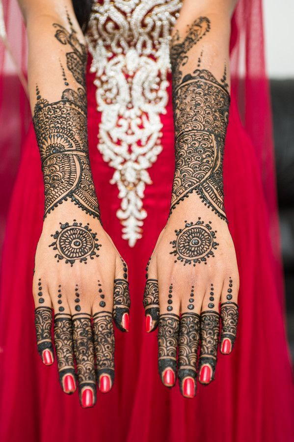 wedding-mehndi-designs-for-bridals-2016-2017-0