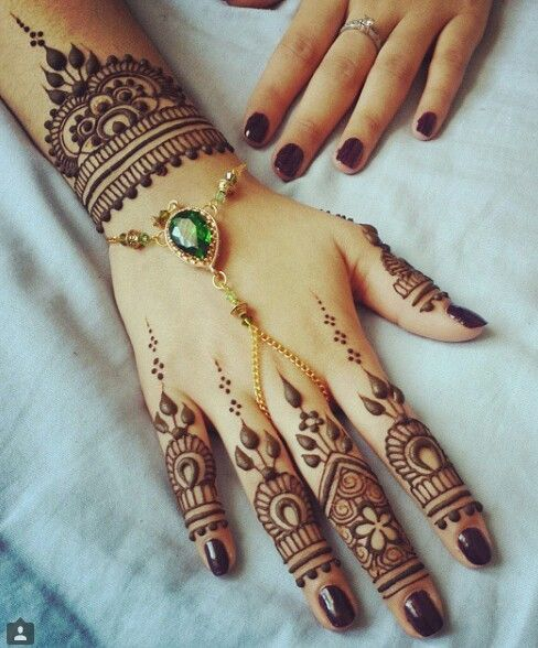 wedding-mehndi-designs-for-bridals-2016-2017-9