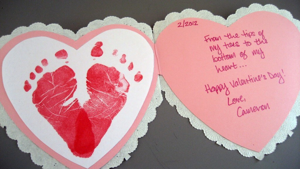 Baby-Footprints-Heart-Card