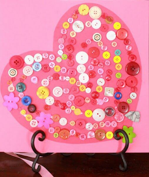 Button-Covered-Heart-Valentine