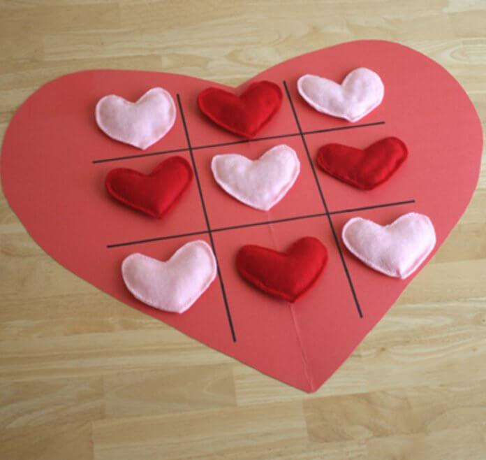 Valentine-Tic-Tac-Toe-Heart