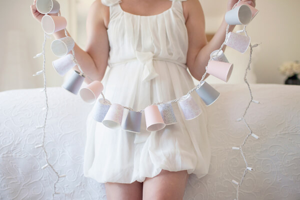 DIY-Dixie-Cup-Light-Garland-k4craft-1