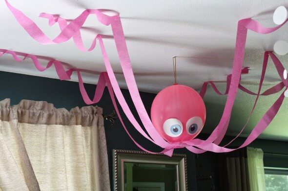 Easy-Crafts-Using-Balloons-6
