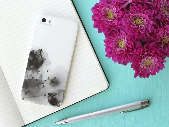 online retailer aaa0f cc3f7 DIY: Nail Polish Painted Cell Phone Case (Tutorial) - K4 Craft