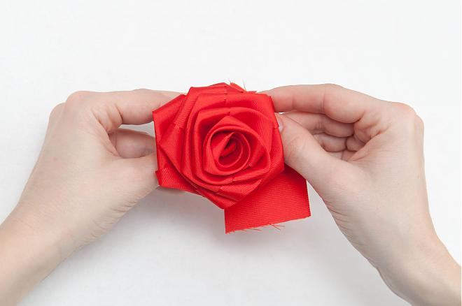 How-to-make-a-ribbon-rosette-k4craft-17