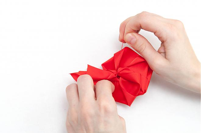 How-to-make-a-ribbon-rosette-k4craft-20
