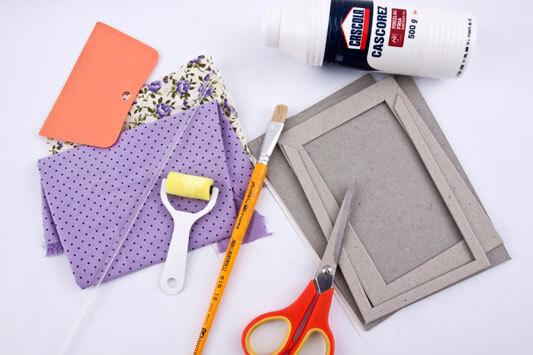 How-To-Make-a-Cardboard-Photo-Frame-2