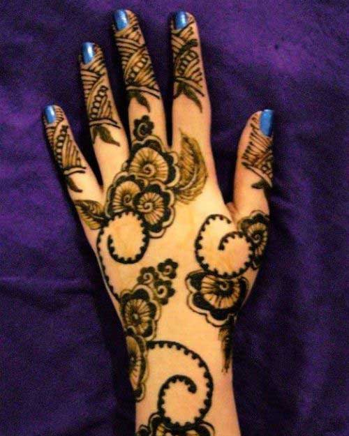 Beautiful-Henna-Mehndi-Designs-13