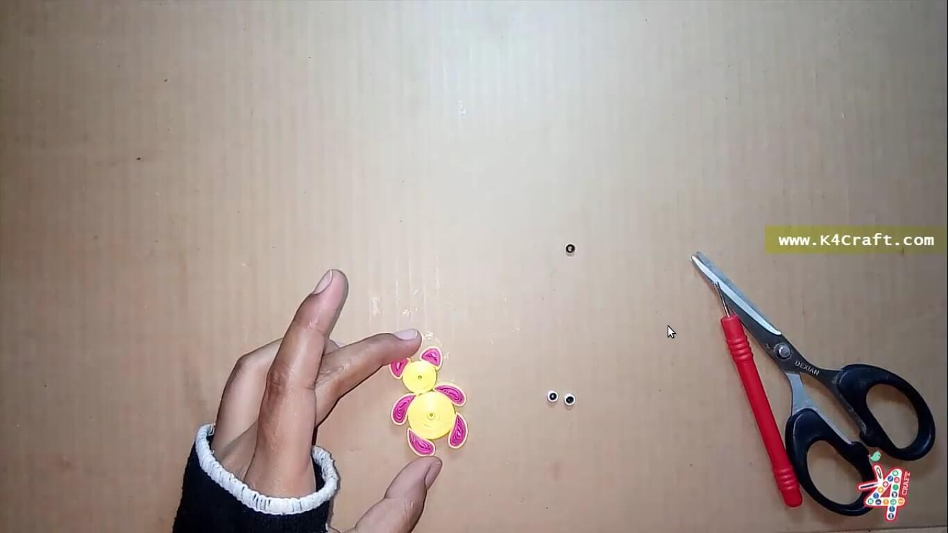 Quilling Teddy Bear Rakhi Kids 13 K4 Craft Wrist Pink